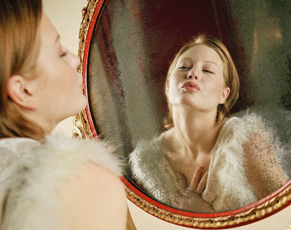 Женщина зеркало
