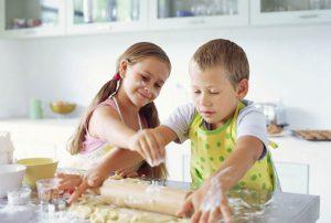 детки сами готовят